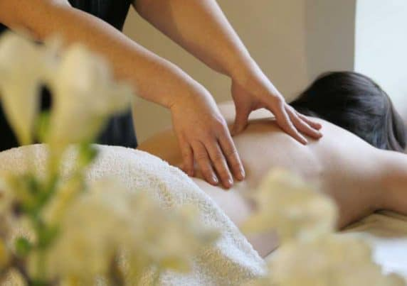 Aromatherapy Massage at VL Aesthetics