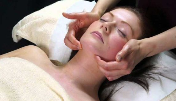 Indian Head Massage at VL Aesthetics