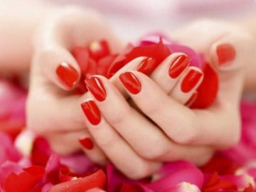 Luxury Manicure at VL Aesthetics